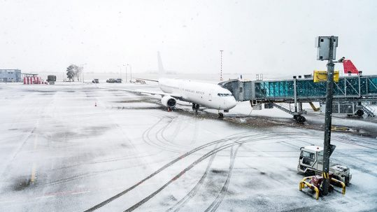 Airport winter operations